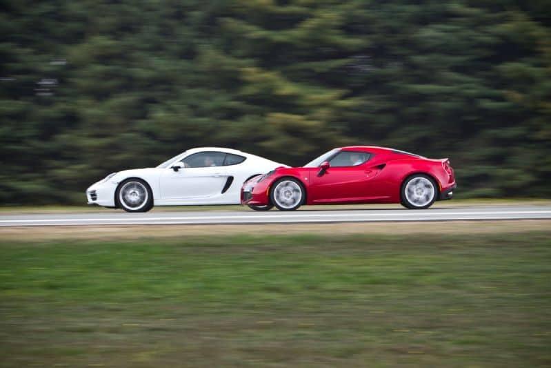 Alfa 4C vs Porsche Cayman – Chris Harris