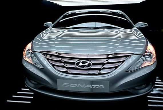 2011-hyundai-sonata-i40-1