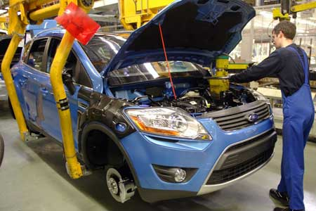 Ford Kuga in Production