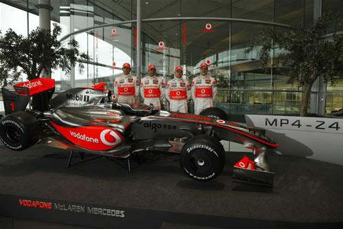 mclaren mp4 24 for 2009 f1 season 1 McLaren Unveils 2009 MP4 24 F1 Car
