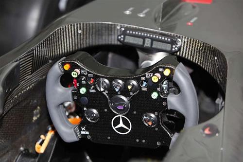 mclaren mp4 24 for 2009 f1 season 2 McLaren Unveils 2009 MP4 24 F1 Car