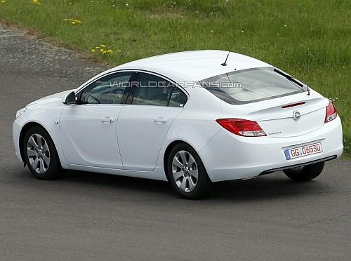 Opel Insignia Hatchback - rear