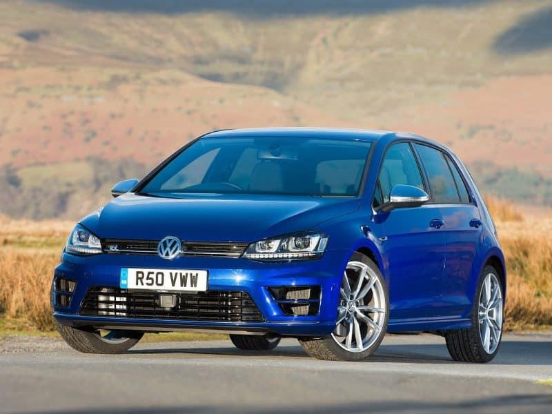 VW Golf vs BMW M235i – Chris Harris on Cars